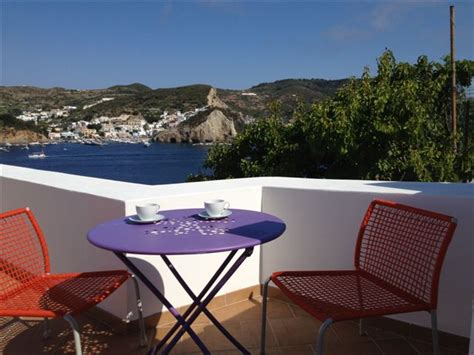 bed and breakfast ponza porto bed and breakfast la terrazza sul porto bed and breakfast