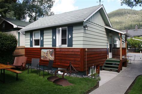 banff cabin banff beaver cabins cabin rentals in banff alberta canada