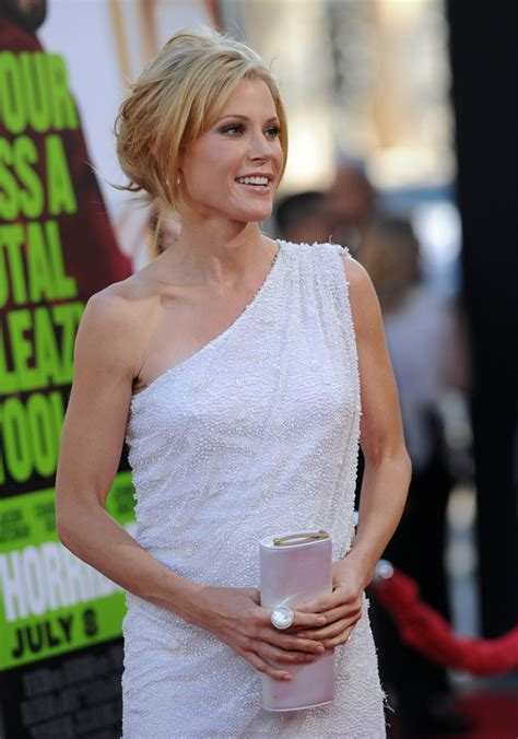 julie bowen horrible bosses julie bowen in quot horrible bosses quot premiere zimbio