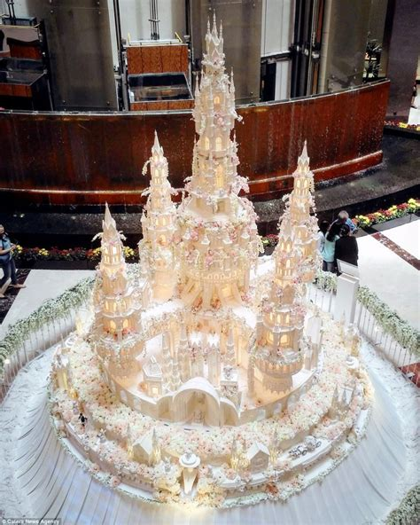 Cake Bakery by These Wedding Cakes By An Bakery Look Nothing