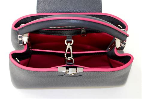 Lv Louis Vuitton Flap Crossbody Bag F2246 80 2610 louis vuitton capucines bb bag navy leather with pink at 1stdibs