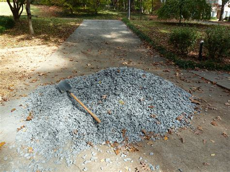 Gravel Tons Per Yard Razzle Dazzle Magically Travel Gravel To The Side Yard