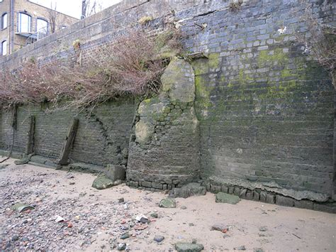 thames river wall thames discovery programme riverside walls in hammersmith