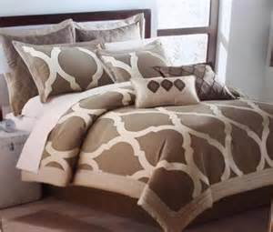 Sidney Comforter Set Bed Comforters 7 Pieces Luxury Embroidery Comforter Set