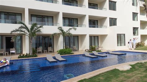 all inclusive resorts with swim out rooms inside look the hyatt ziva cancun all inclusive resort