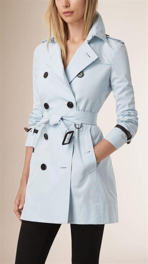 Outwear Jaket Sweater Hoodie Wanita Blue lyst burberry leather trim cotton gabardine trench coat in blue