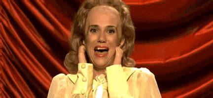 Kristen Wiig Memes - 16 gifs of kristen wiig s funniest saturday night live