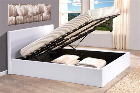 canapé lit avec coffre lit coffre skon blanc l 151 x h 88 x p 200 5
