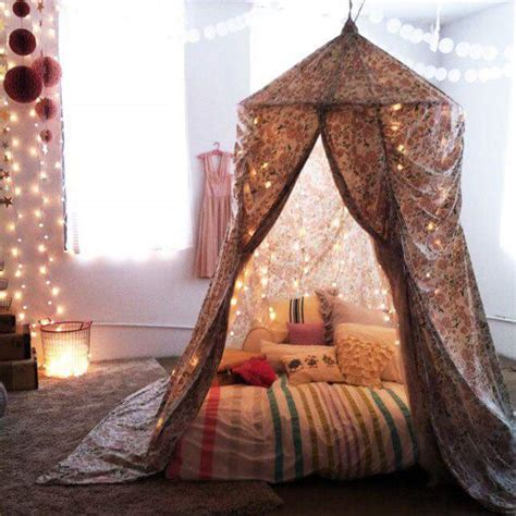 tent bedroom 25 dreamy diy canopy beds to transform your bedrooms with