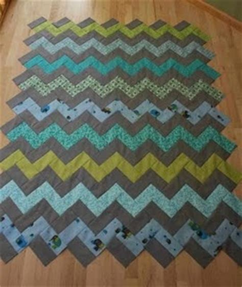 zig zag quilt pattern triangles crazy mom quilts how to make a zig zag quilt without