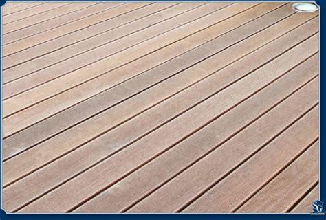 Boden Kerzenständer Holz by Sg Hausoptimierung Holz Oder Kunststoff