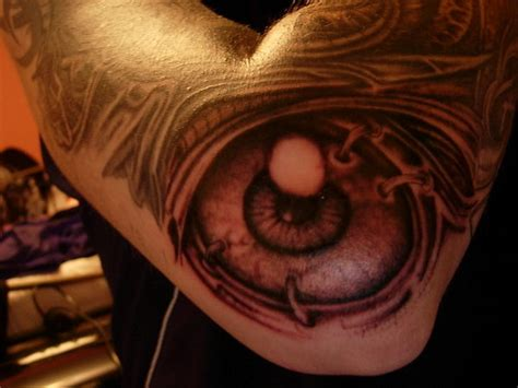 eyeball tattoo on elbow eye tattoo on elbow tattooshunt com