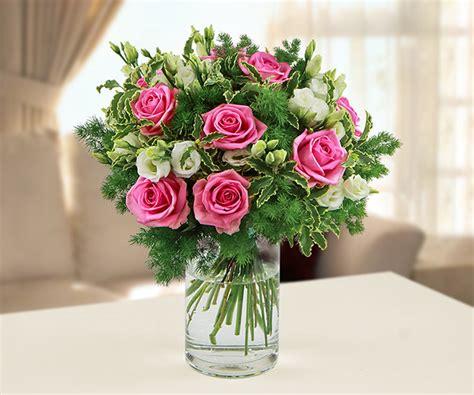 bouque di fiori bouquet di e fiori di stagione shop langolo fiorito bg