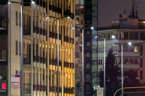 aec illuminazione led aec illuminazione transforma la iluminaci 243 n de las calles