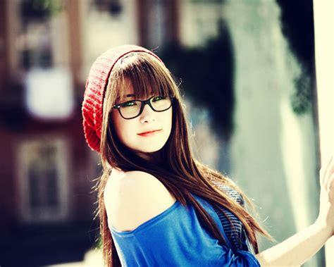 cute beautiful beauty celebrity images glasses make girls cute