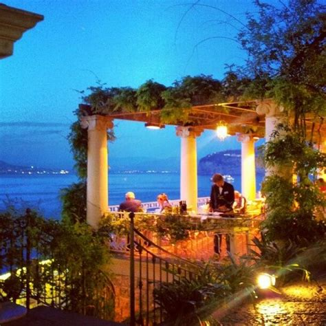 best restaurants sorrento italy sorrento at sorrento for lunch or dinner you can t miss