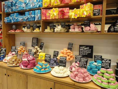 Handmade Products Uk - lush cosmetics set to open new chicago area store