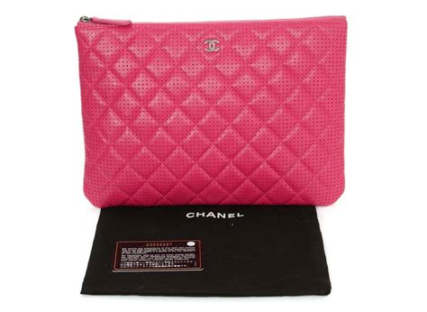 Clucth Chanel 10 chanel 2015 pink perforated lambskin quot o quot clutch