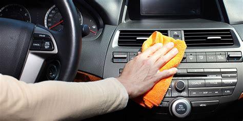Karpet Dashboard Mobil Xenia tips merawat membersihkan dashboard mobil kusam