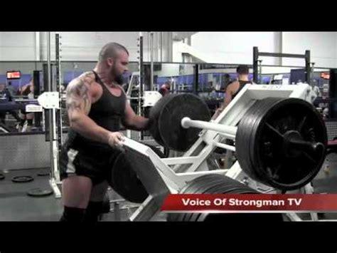 eddie hall bench press eddie hall strongman athletes strongman org