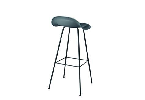 stuhl mit metallbeinen chair i stool mit metallbeinen gubi stylepark