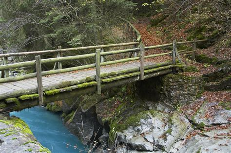 panoramio photo of small wooden bridge