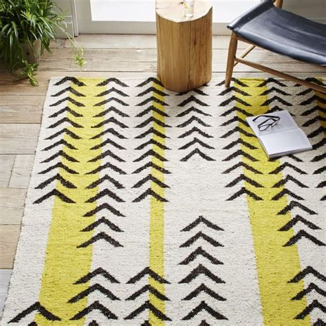 arrow rug arrow stripe dhurrie rug west elm