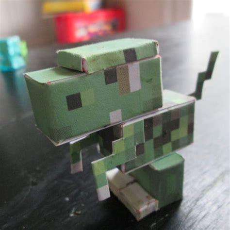 Papercraft Dinosaur - papercraft baby dino terraria design