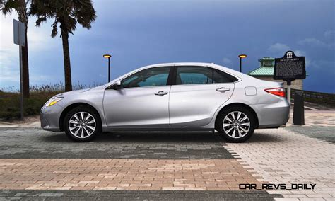 Toyota 2015 Xle Road Test Review 2015 Toyota Camry Le And Xle V6