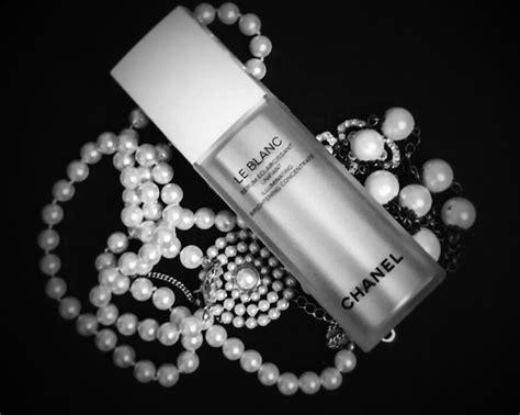 Harga Chanel Le Blanc Serum le blanc el nuevo serum antimanchas de chanel belleza