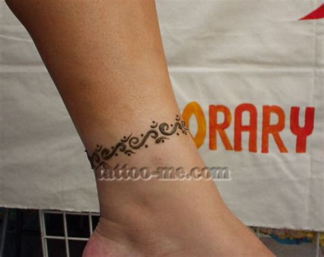henna tattoo on the foot ankle henna