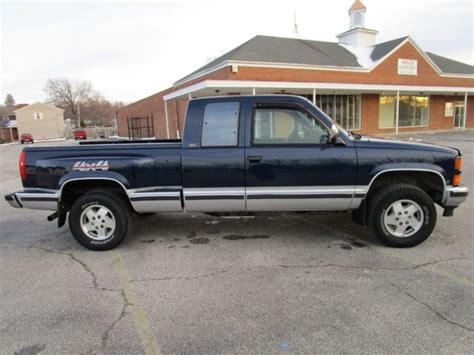how petrol cars work 1994 chevrolet 1500 lane departure warning 1994 chevy ck pickup 1500 4wd v8 air step side bed clean for sale chevrolet c k