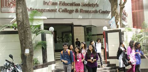 Colleges Offering Part Time Mba Courses In Mumbai by Search For Top Management College In Mumbai Via These Pointers