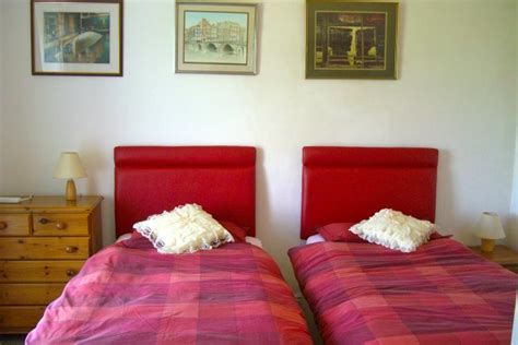 Farmhouse Bedroom Ls by Bodfan Farmhouse Rental Trearddur Bay Anglesey