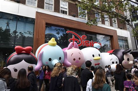 St Tsum Rame Jumbo Gm disney characters spotted high in the sky entertainment focus