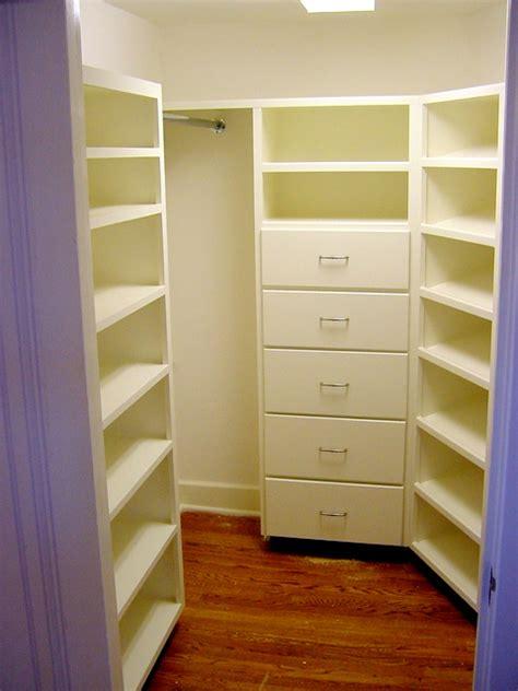 custom closet shelving system