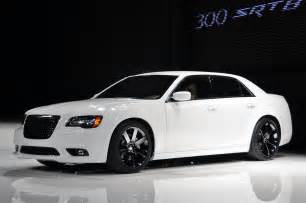 2011 Chrysler 300 Srt 2011 Chrysler 300 Srt8 Cars Wallpapers