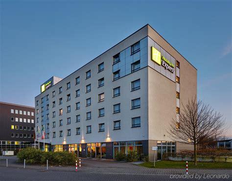 express dã sseldorf city centre 176 hotel inn express dusseldorf city