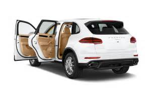 Porsche Cayenne Suv 2017 Porsche Cayenne Reviews And Rating Motor Trend