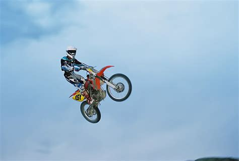 how to jump a motocross bike pics for gt dirt bike jumps rs