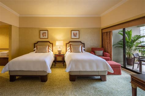 regent singapore accommodation presidential suite regent singapore rooms suites regent singapore a four seasons hotel