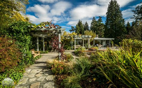 Garden Bellevue by Bellevue Botanical Garden