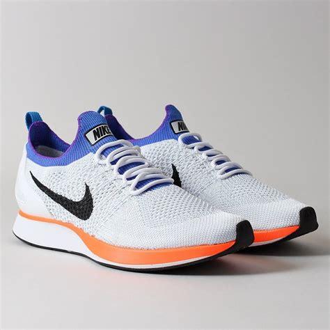 Sepatu Sneakers Nike Air Zoom Racer Flyknit White Blue Orange nike air zoom flyknit racer shoes white hyper crimson platinum industry