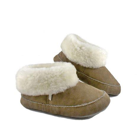 sheppard slippers s shepherd emmy sheepskin slippers shepherd at