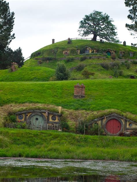 hobbit houses 30 best images about earth sheltered cave homes on