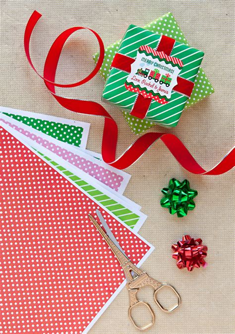 free printable holiday gift wrap paper chain decoration