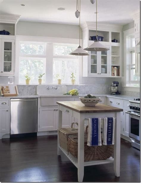 187 ideas for that space above kitchen cabinets