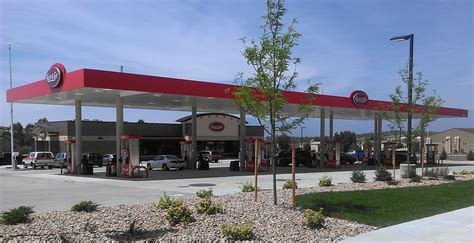 Kum And Go Corporate Office by Kum Go Selects Projectmates As Its Construction Project