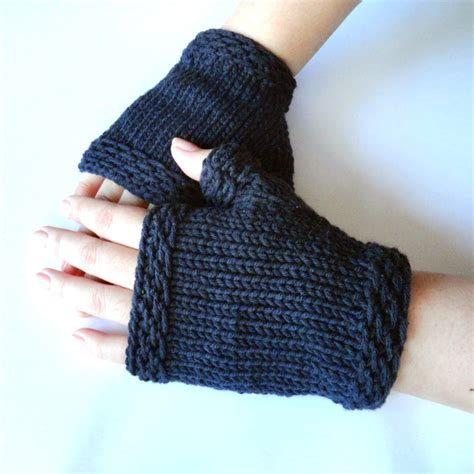 pattern for fingerless gloves free knitting pattern fingerless gloves mitts easy