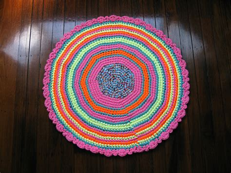 Chompa Handmade - crochet rug t shirt yarn handmade chompa handmade